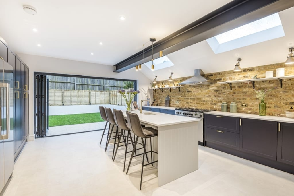 Renovation and Kitchen extension of Town house