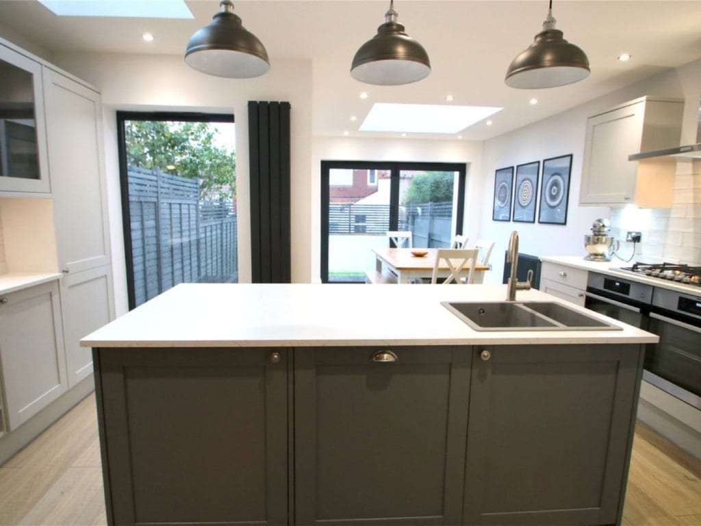 Kitchen extension with island